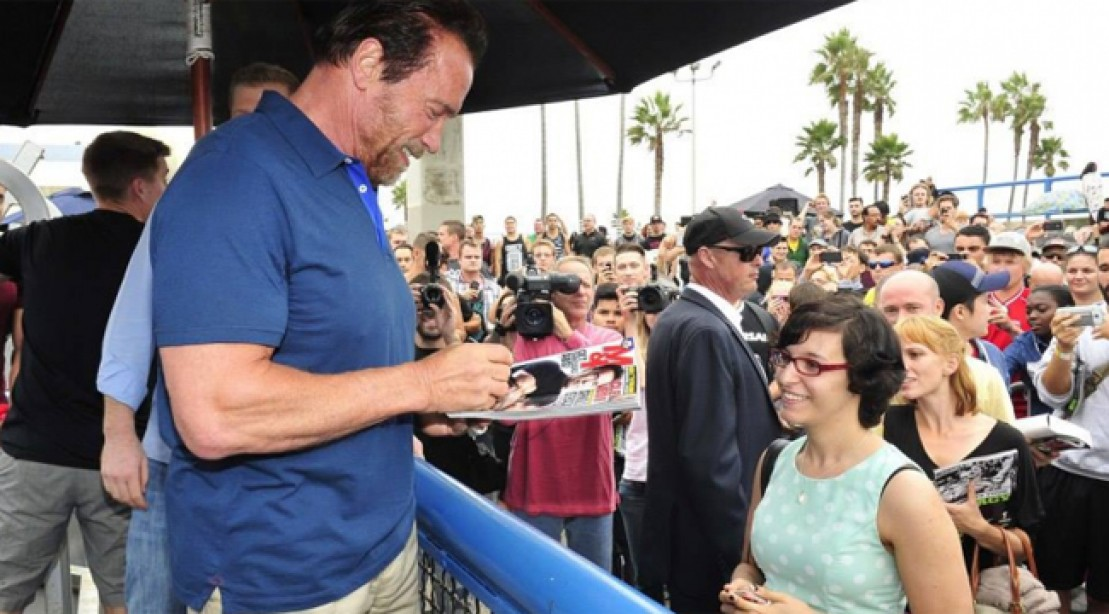Arnold Venice Beach Visit to Promote MusclePharm