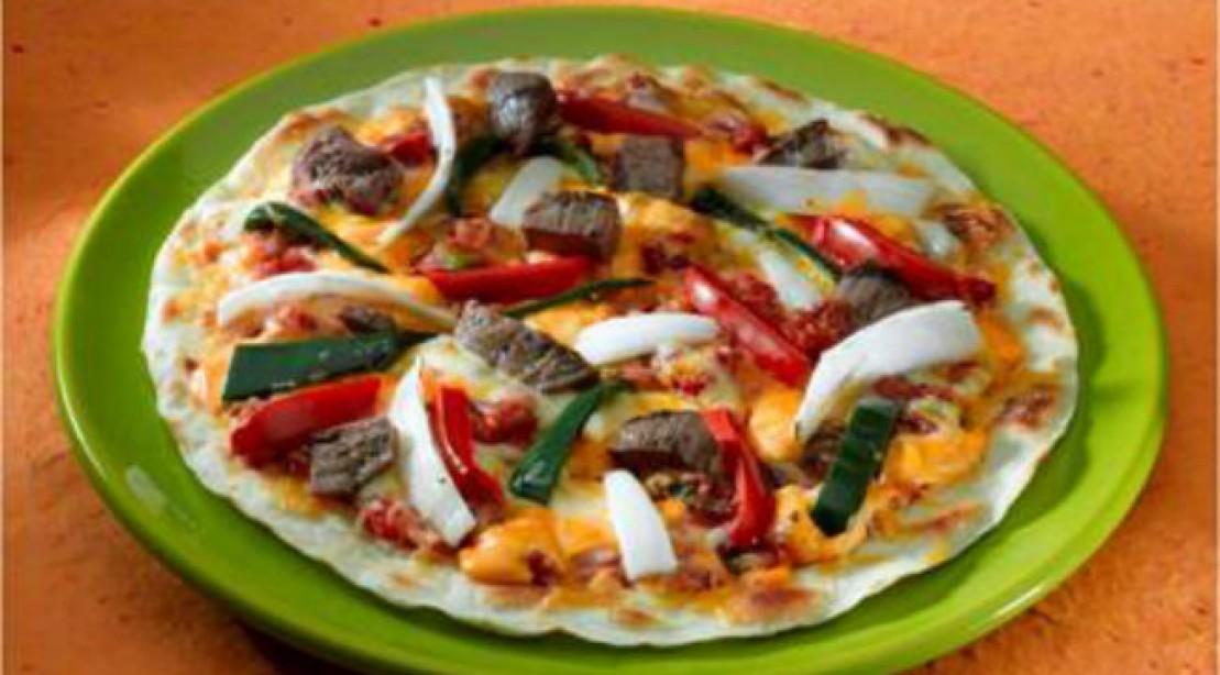 Gluten-Free Steak and Veggie Pizza
