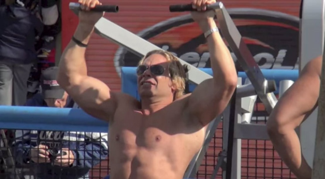 Classic Bodybuilding Photoshoot at Muscle Beach