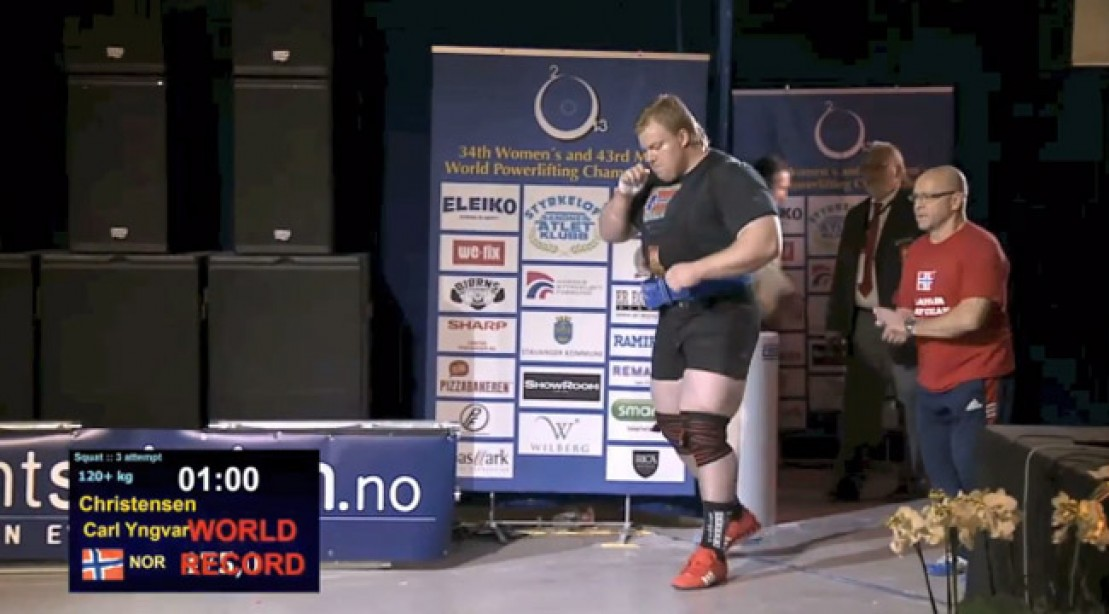 Norweigan Squats Record-Breaking 1047 Pounds