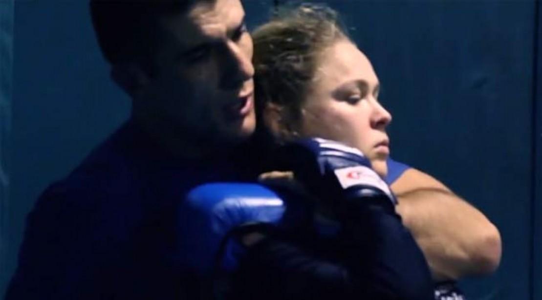 Rousey Trains JIu Jitsu With the Grecies