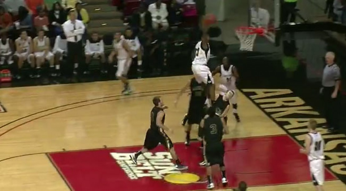 Check Out Victor Dukes' Amazing Dunk