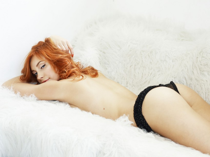 Women having sex in fur