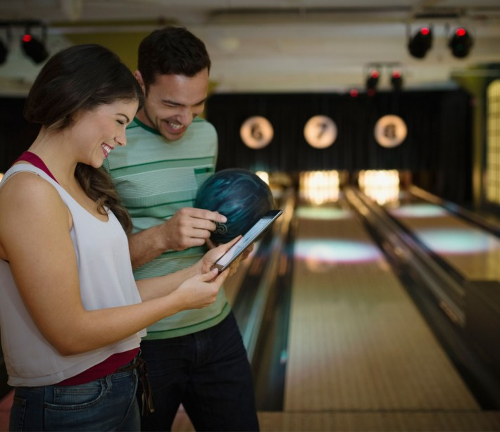Bowling Tips: How to Strike Out on a First Date (In a Good Way)