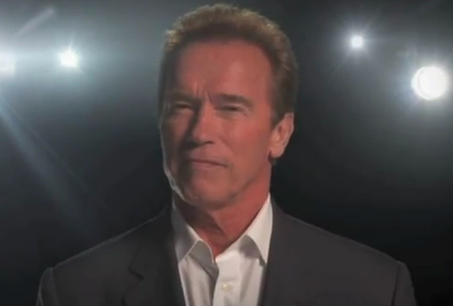 Arnold Talks About Vision and Training on CNN's 'Piers Morgan Tonight'