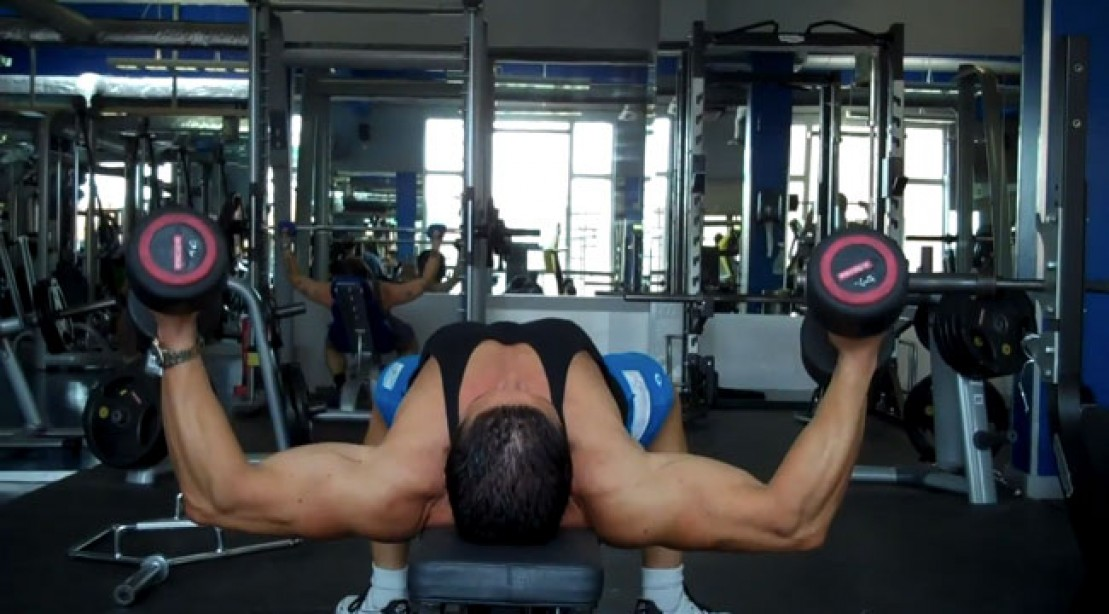 Reacquaint Yourself With the Dumbbell Flye