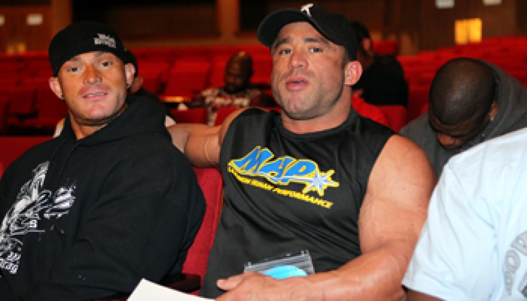 2011 OLYMPIA: 202 CHECK-IN PHOTOS
