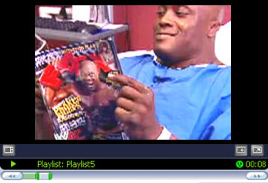 08/13/2007  BOBBY LASHLEY'S PHOTOSHOOT WITH FLEX (video)