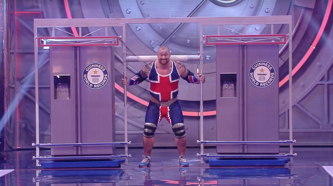Thor Bjornsson Sets World Record With 992-Pound Fridge Carry