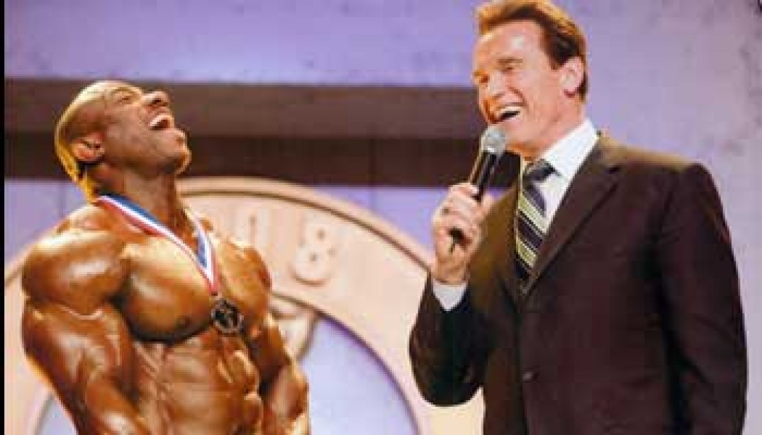 THE ARNOLD  CLASSIC  PHYSIQUE  GUIDE