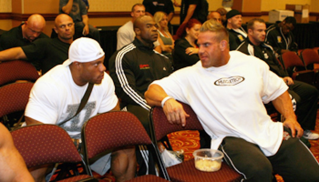 2011 OLYMPIA: ATHLETE'S MEETING
