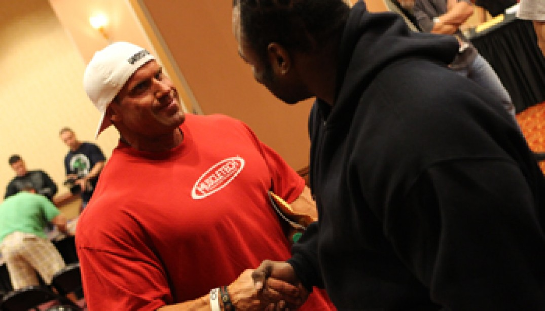 PHOTOS: MR. OLYMPIA ATHLETES MEETING