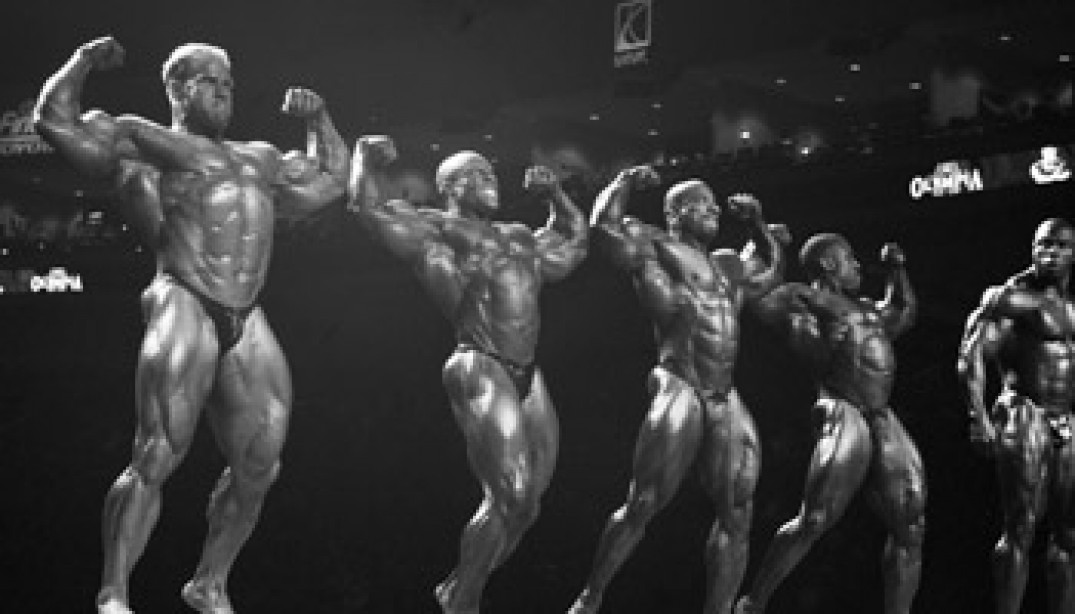 2008 OLYMPIA: BEHIND THE SCENES IN BLACK AND WHITE