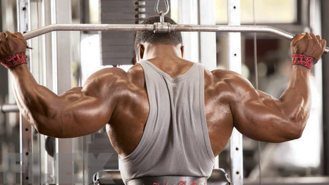 The Truth About Behind-the-Neck Lat Pulldowns