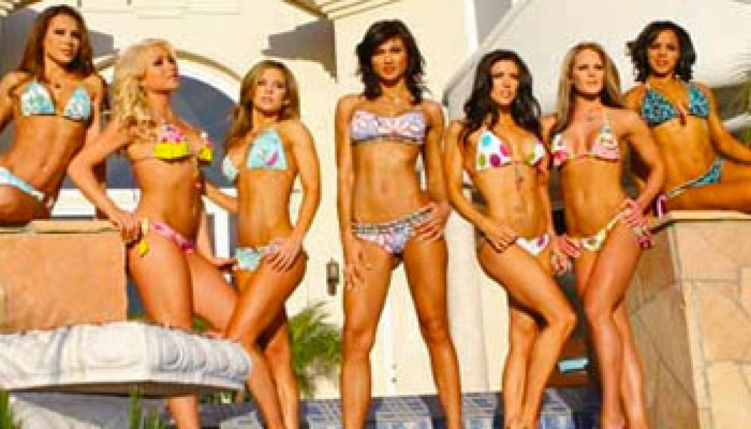VIDEO: 2010 FLEX SWIMSUIT ISSUE - BEHIND THE SCENES DAY 2