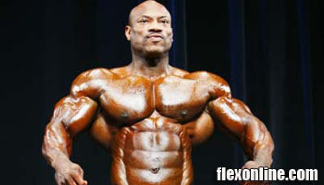 DEXTER JACKSON SIGNS WITH WEIDER