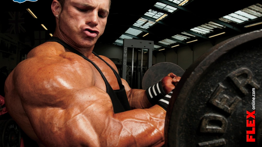 Flex Lewis Talks Injury Prevention & Dieting On the Road