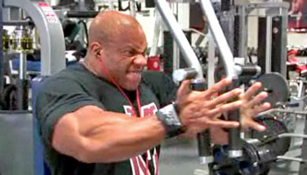 VIDEO: HEATH TRAINS CHEST 5 WEEKS OUT
