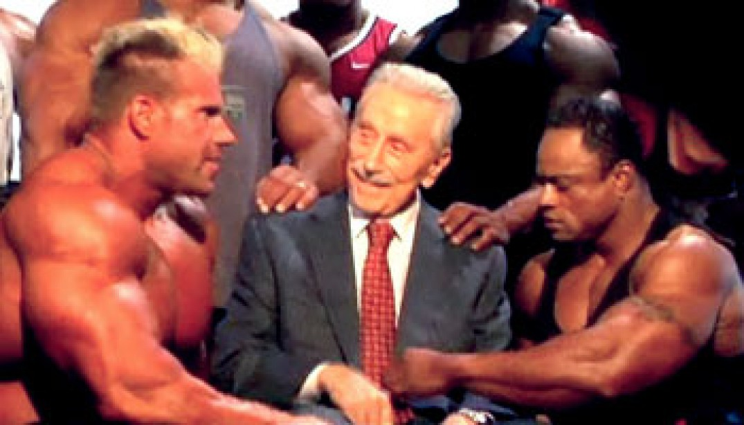 VIDEO: THE ULTIMATE PHOTO SHOOT - THE LEGEND OF JOE WEIDER