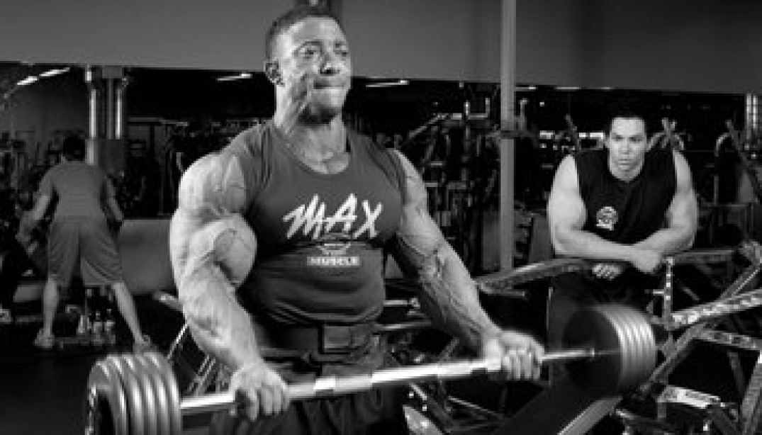 PRO TRAINING PARTNER: TROY ALVES