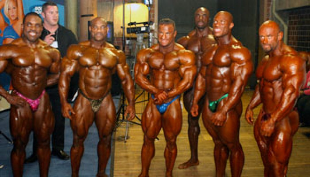 PHOTOS: BACKSTAGE AT THE 2010 ARNOLD CLASSIC