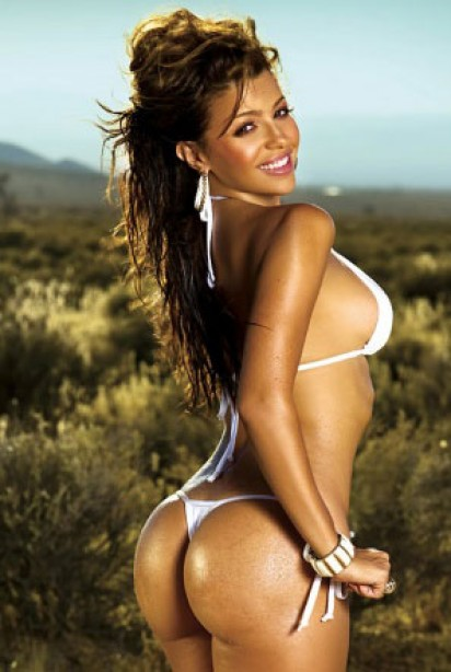 Bikini Model Search Month 3 Winner: Vida Guerra