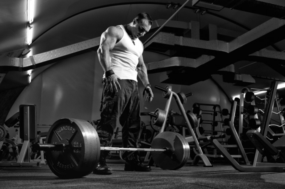 The Lift Doctor: Bigger Arms and Barefoot Training