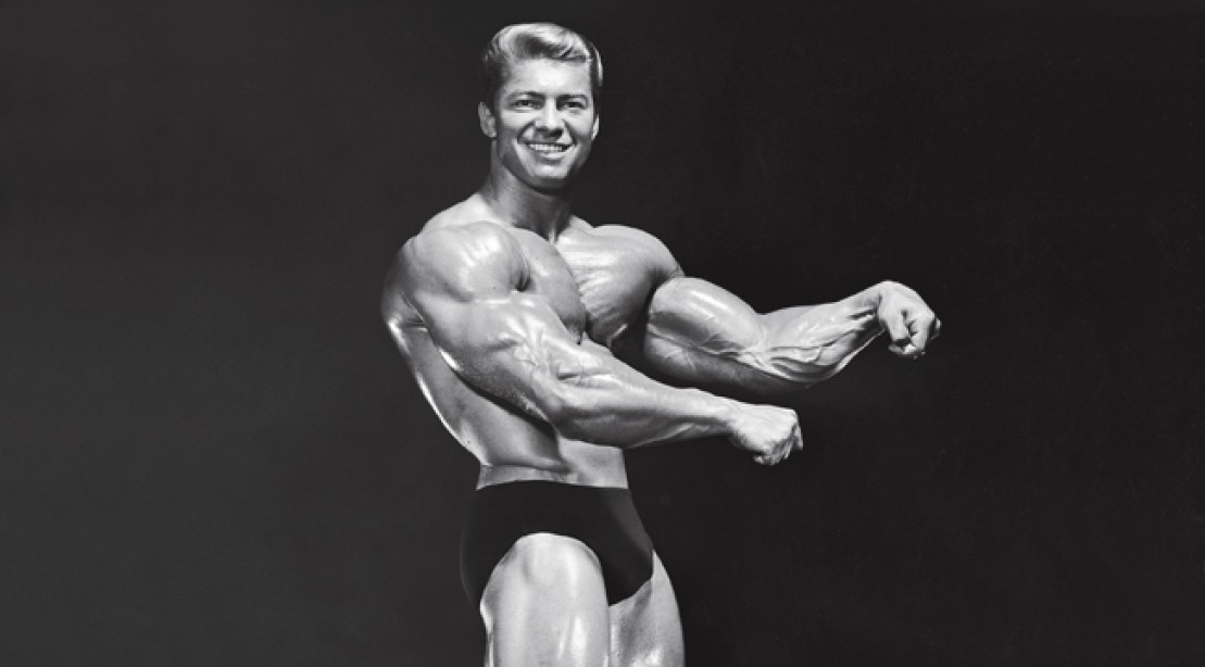 Arnold Pay Tribute to Larry Scott