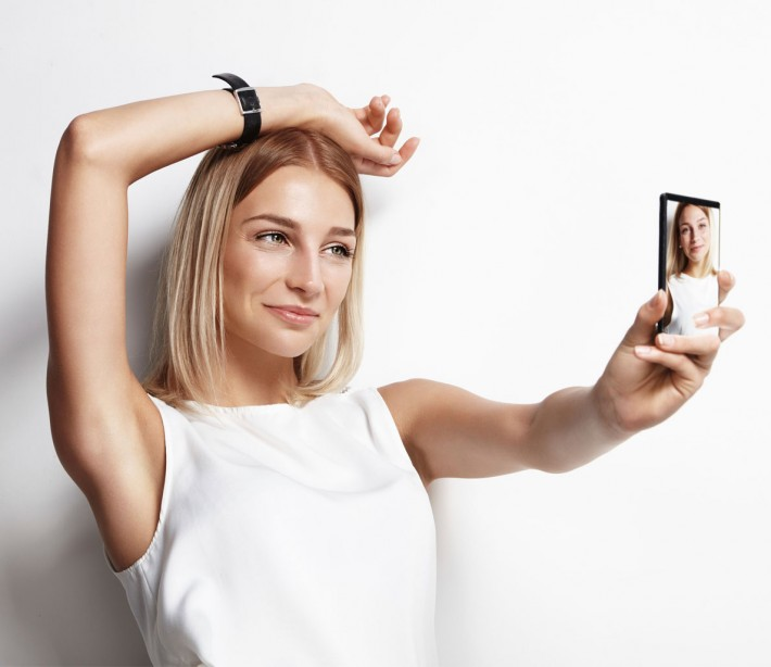 How Selfies Can Hurt Her Self-Esteem (and Your Sex Life)