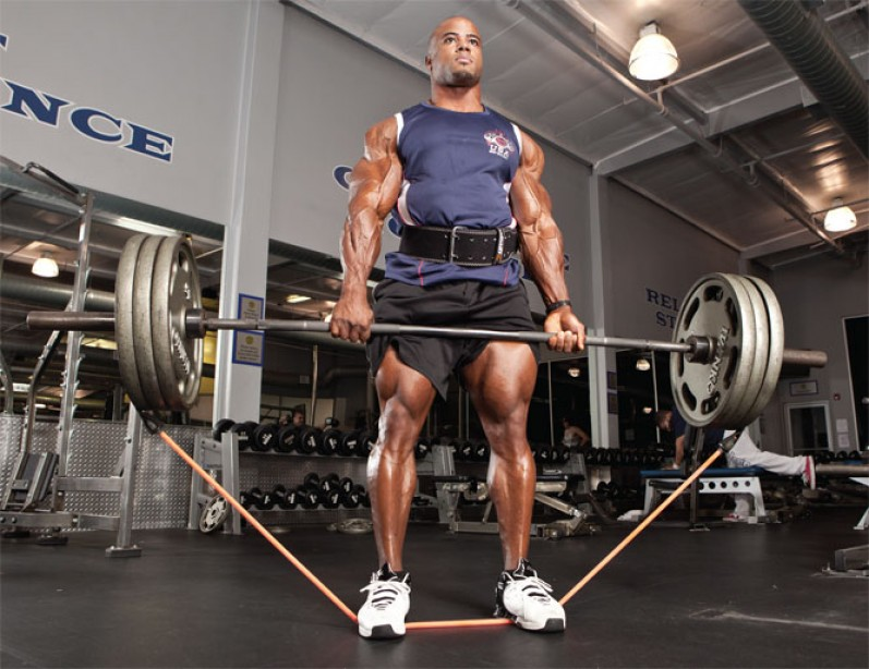 deadlift with strength bands
