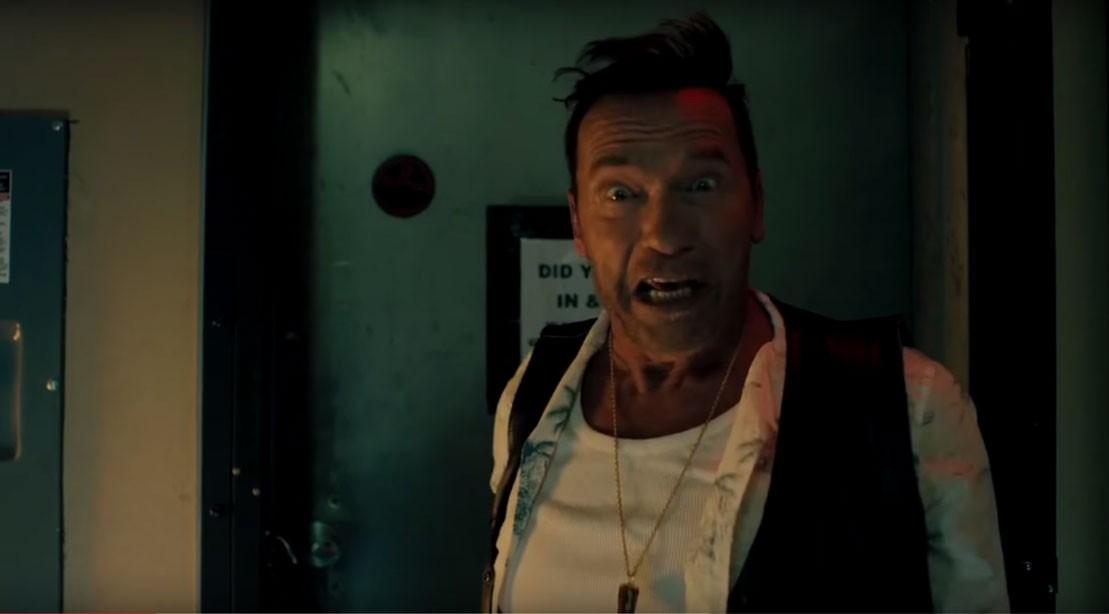 Arnold Schwarzenegger as Gunther