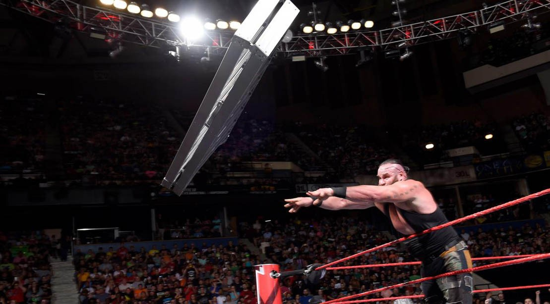 Braun Strowman throws a ladder at Kevin Owns on WWE Raw, 28 May 2018