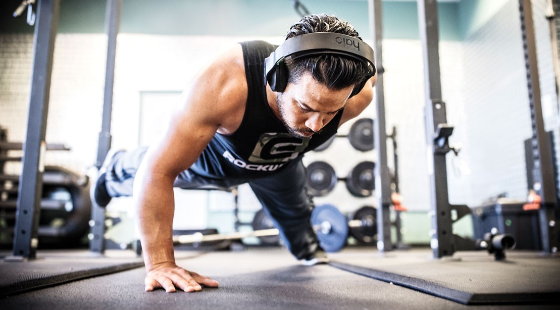 Do Electrically-Charged Headphones Make for Better Workouts?