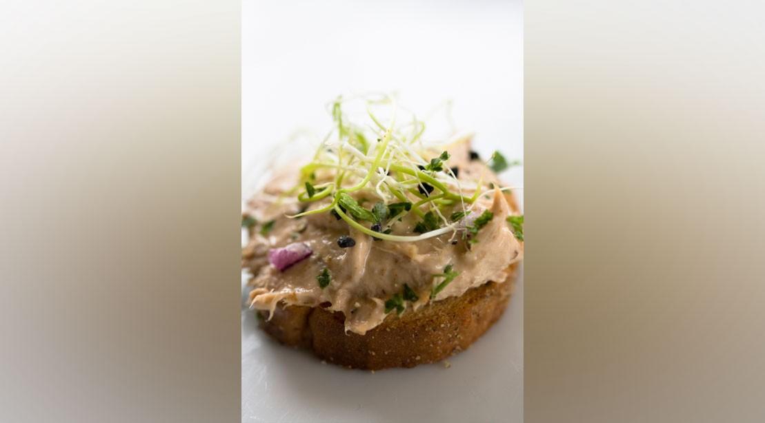 Rosemary Caper Tuna Salad