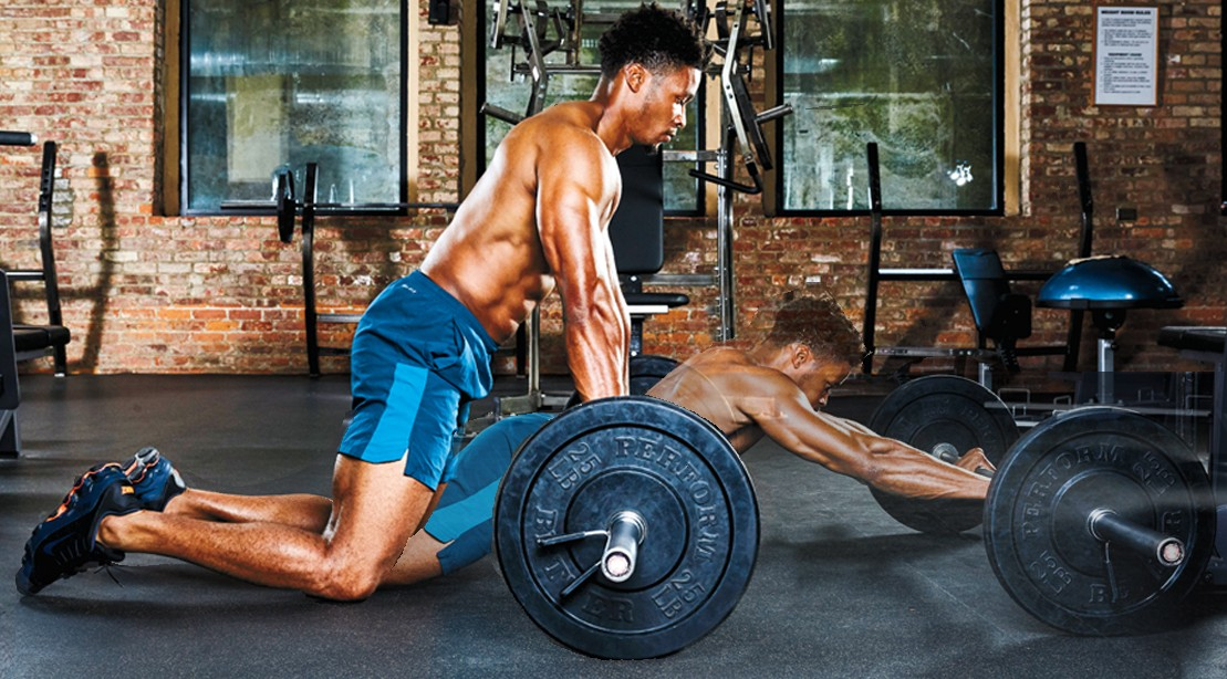 5 Weighted Abs Exercises for a Lean, Shredded Core | Muscle