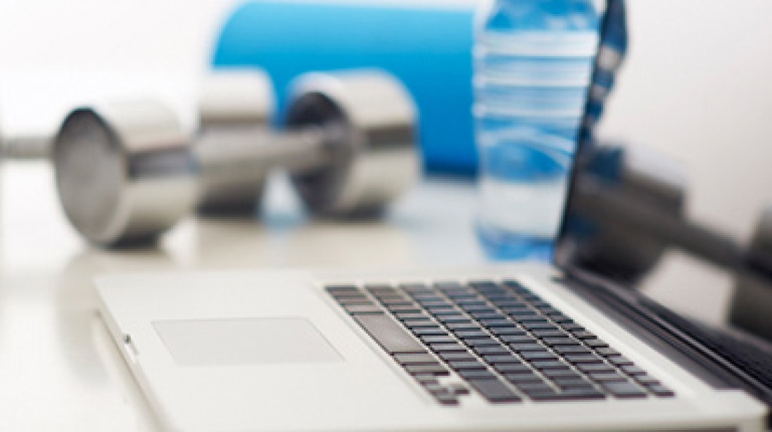 7 Exercises to do at your desk