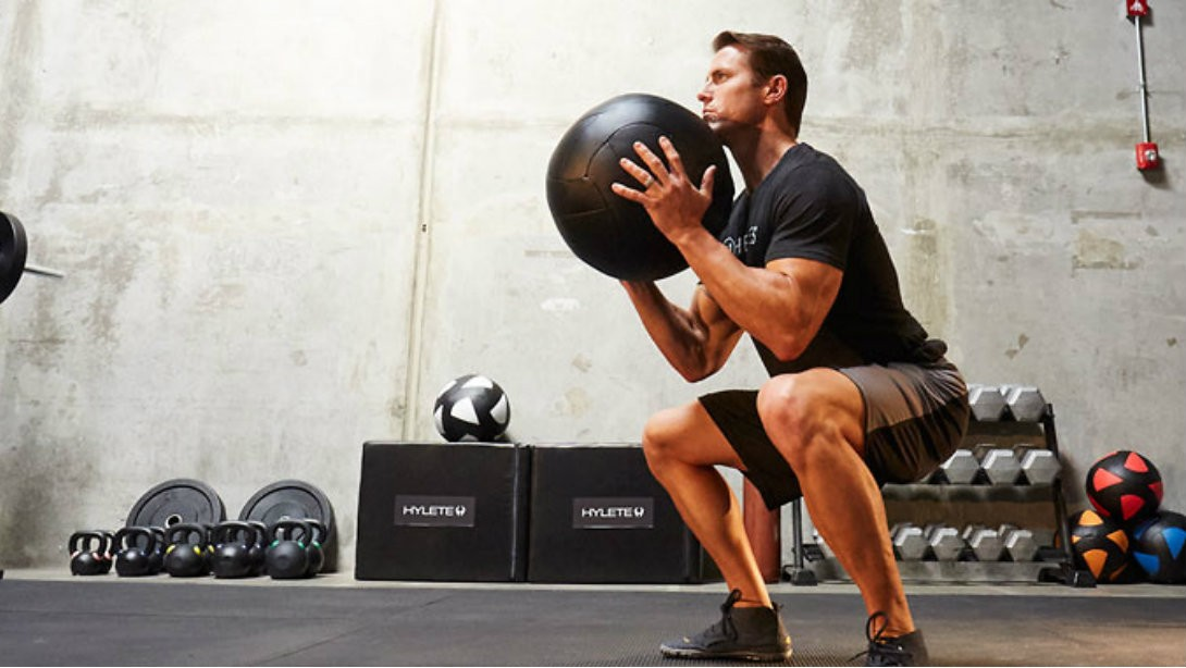M&F Contributor Andy McDermott Puts Helix Flex-knit Shorts to the Test