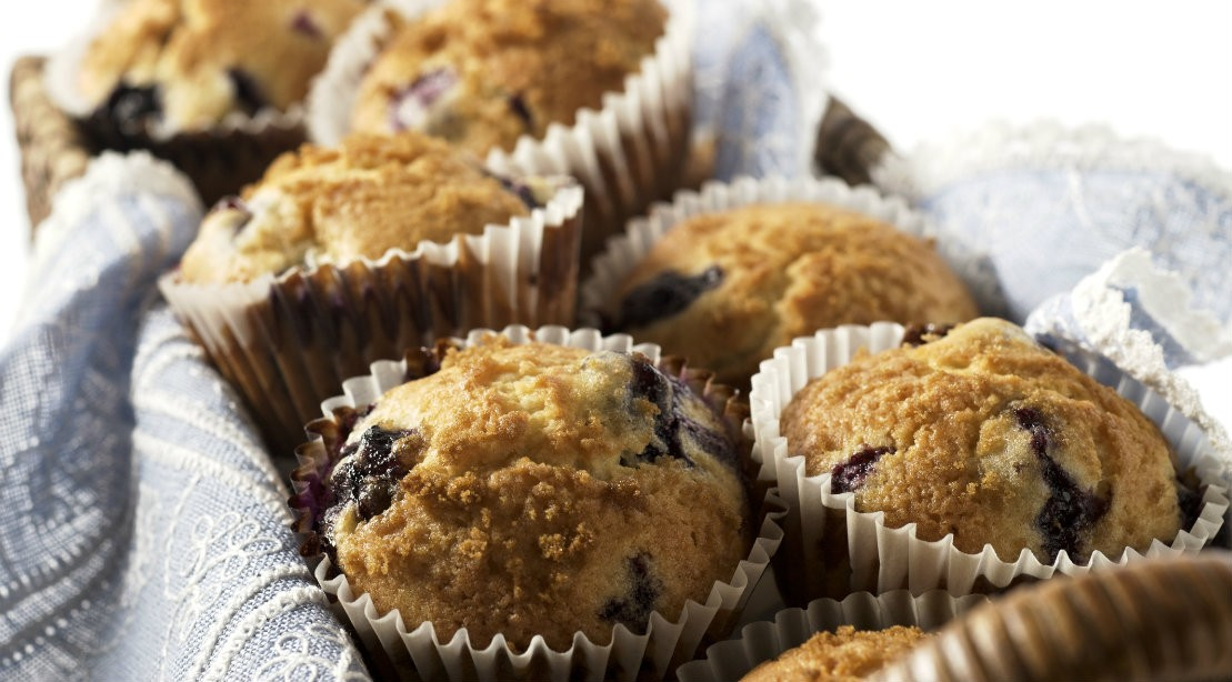 Toaster Oven Recipe for Athletes: Blueberry Whole Grain Cornbread Muffins
