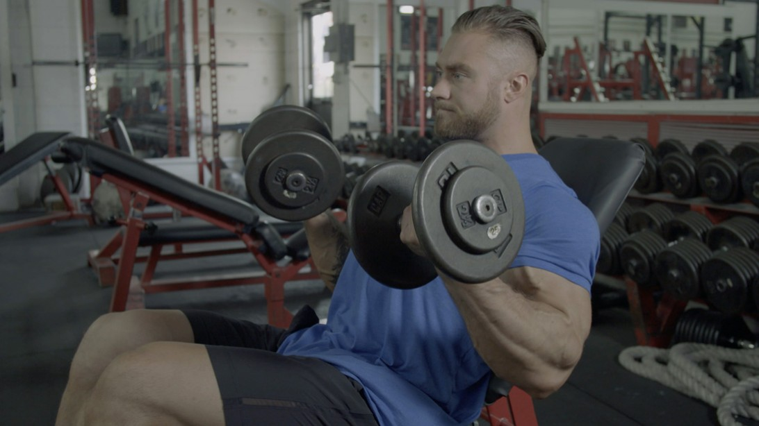 Chris Bumstead's Off-Season Arm Training