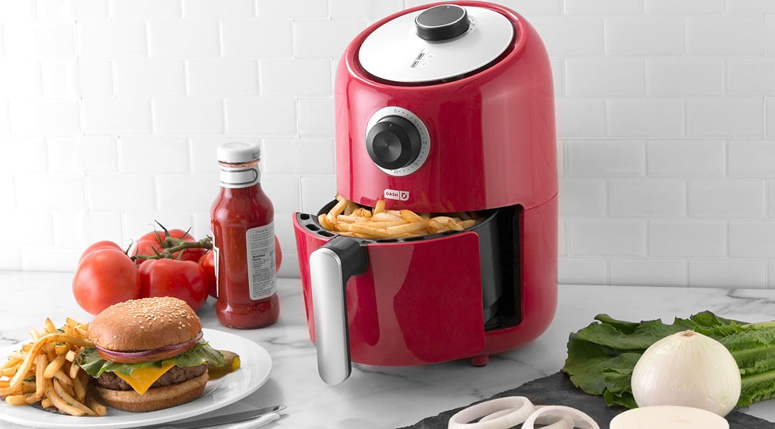 A picture of the Dash air fryer by StoreBound.