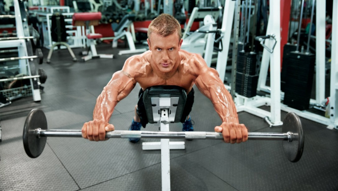 delt exercise with barbell