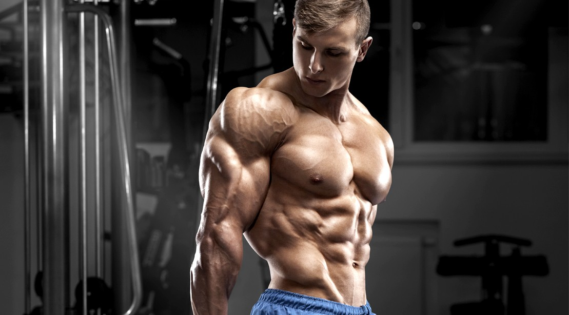 Guy-Back-Arm-Pose-Tricep