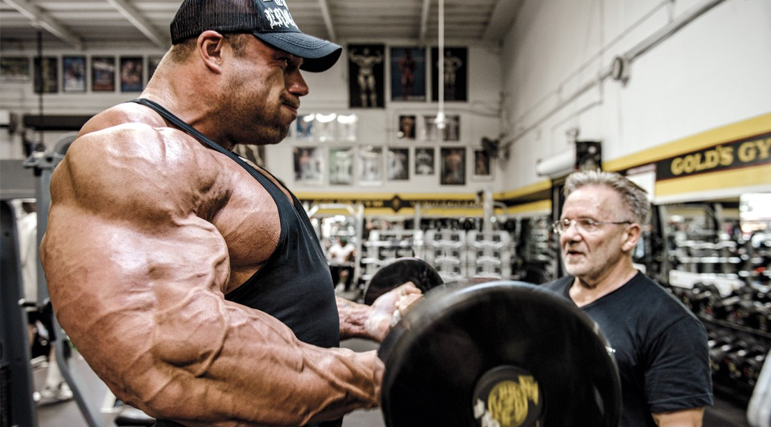 Huge-Arms-Barbell-Bicep-Curl