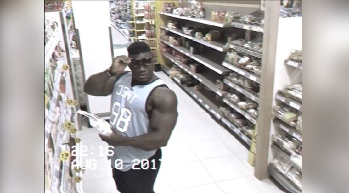WATCH: Irish Bodybuilder Caught Flexing in Hilarious Grocery Store Video
