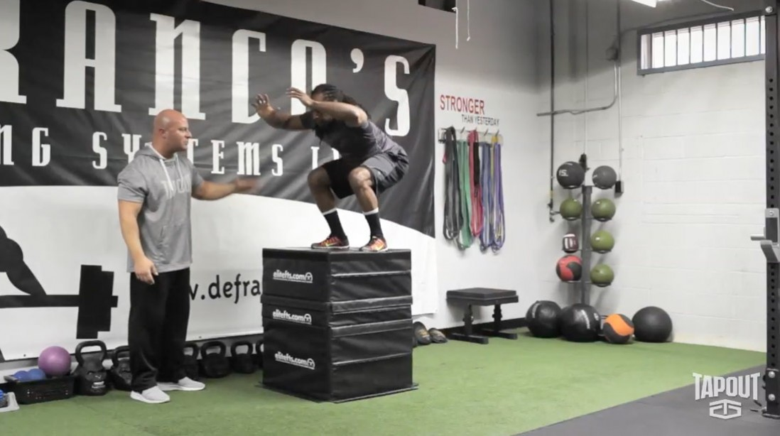 Tapout Training Series Tip of the Day - Thursday: Hip Flexor Stretch