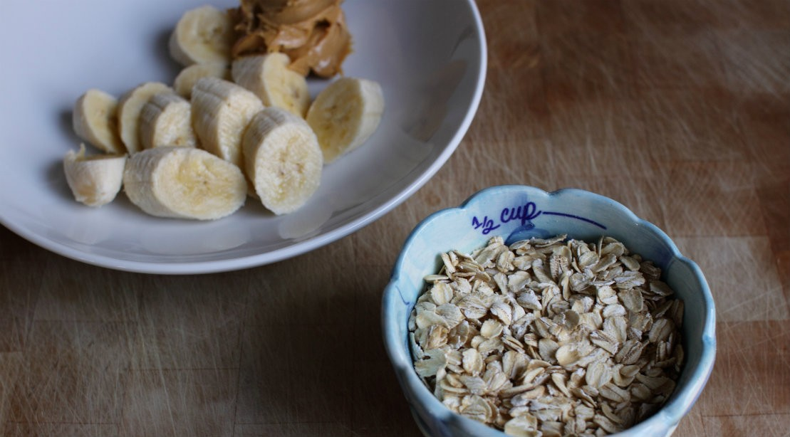 Lemon-Coconut Baked Oatmeal Cups