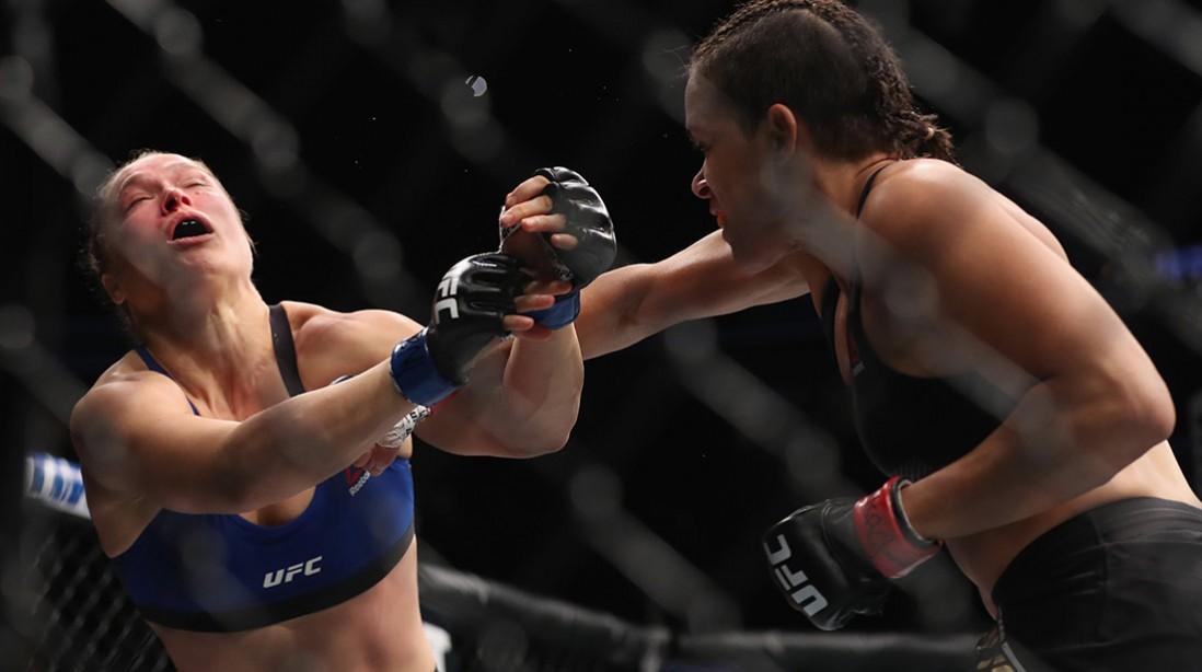 Ronda Rousey Amanda Nunes UFC 207