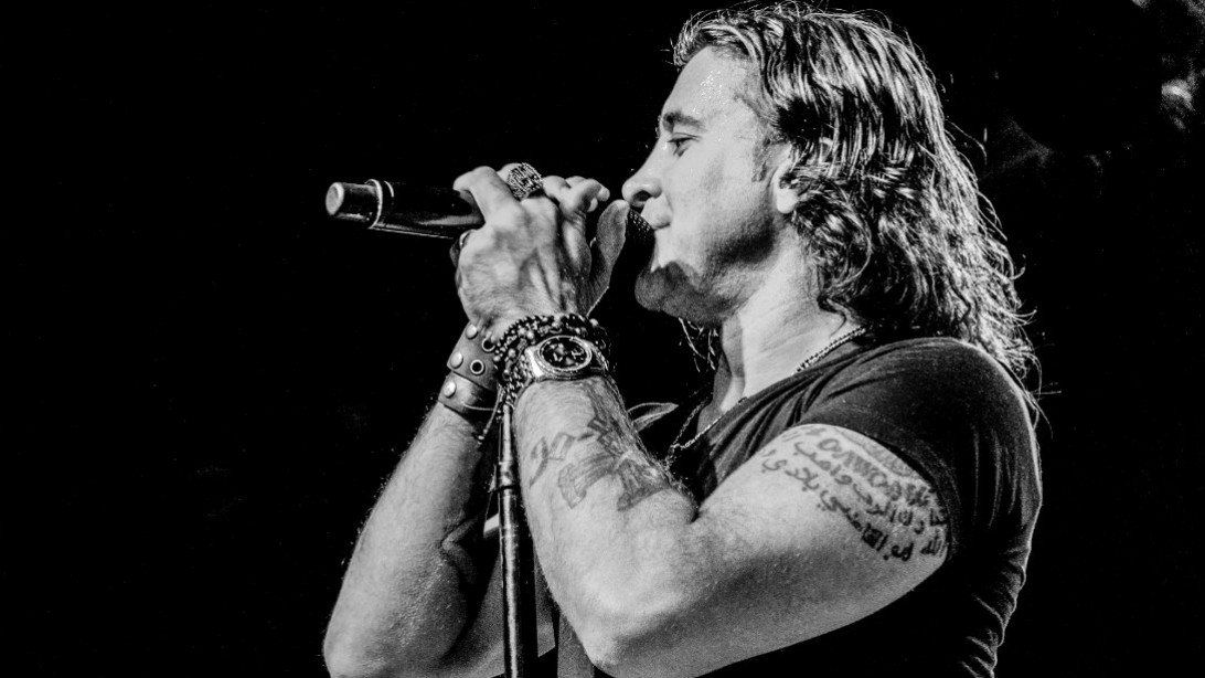 Creed's Frontman, Scott Stapp Takes Fitness Higher