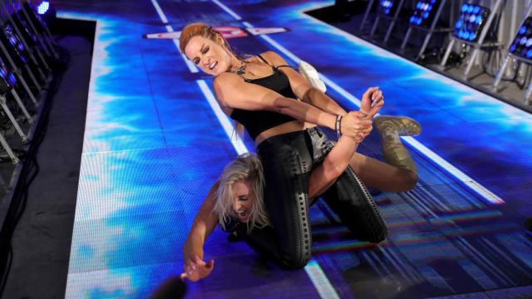 'Smackdown' Recap: Becky Lynch Attacks Charlotte