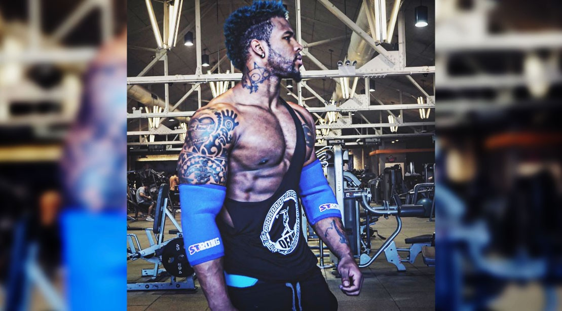 Terron Beckham Does Insane Box Jumps With 315 Pounds